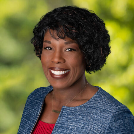 Headshot of Kyna Jones